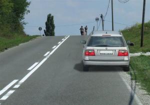 zabranjeno parkiranje na prevoju puta