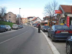 parkiarnje na trotoaru zabranjeno